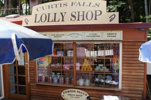 Curtis Falls, Tamborine Mountain, LollY Shop, Ice Creamery