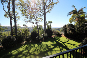 Mt Tamborine, Motel, Views, Budget Accommodation, swimming pool