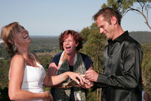 Sheridan Bryant, Civil celebrant, Mt Tamborine, Weddings on Tamborine Mountain