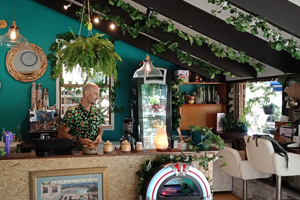 The Fountain of Juice, Tamborine Juice Bar, Toasties, Health Food