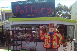 D&D Pottery, Gallery walk, Mt Tambourine
