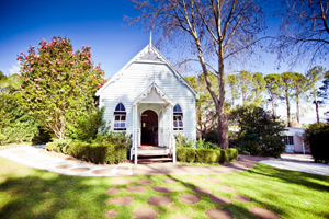 Old Church, Mt Tamborine, Weddings Country Chapel Style
